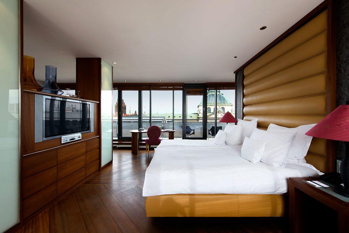 Anna Hotel Interieur- und Hotelfotografie: Turmsuite |Felix Krammer Fotografie
