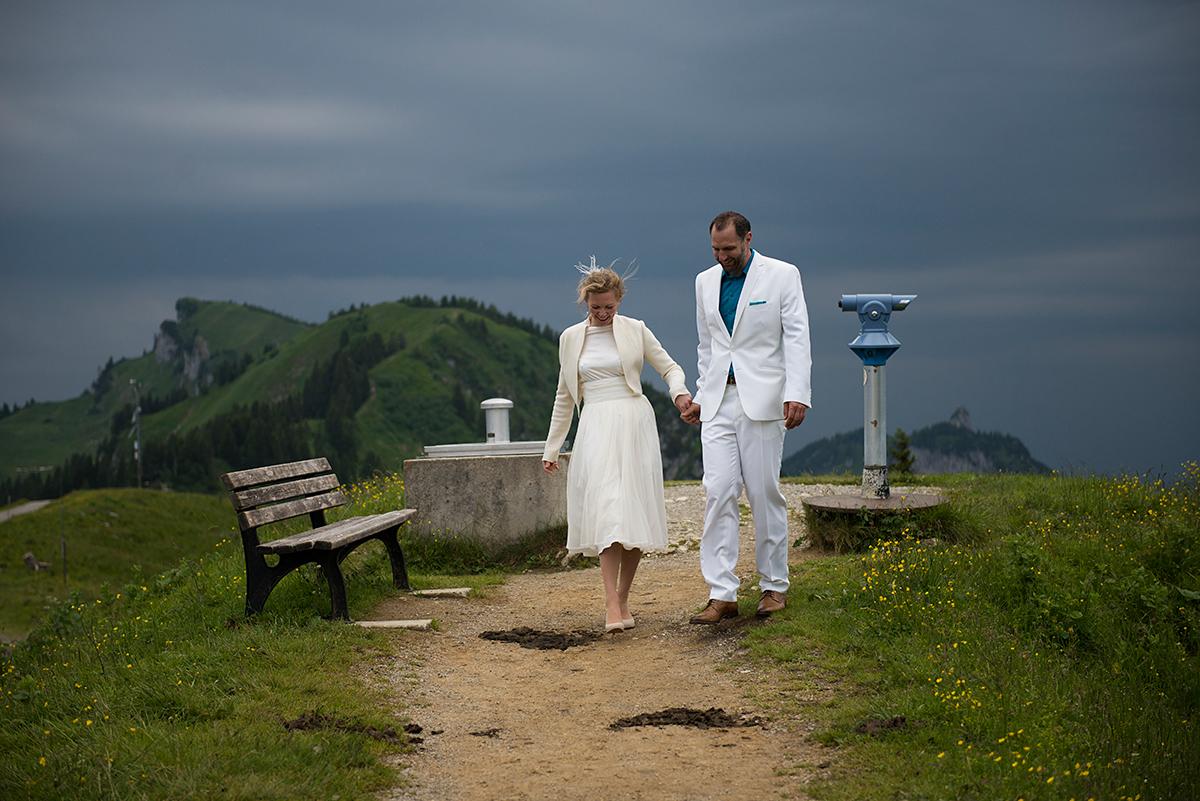 Brautpaar auf dem Gipfel des Braunecks |Felix Krammer Fotografie